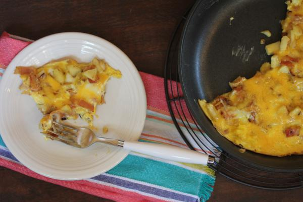 Apple-Bacon-Cheese-Frittata