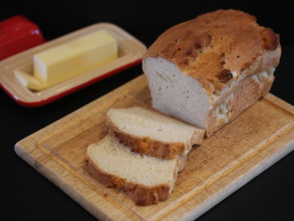 Light-and-Fluffy-Gluten-Free-Bread-1