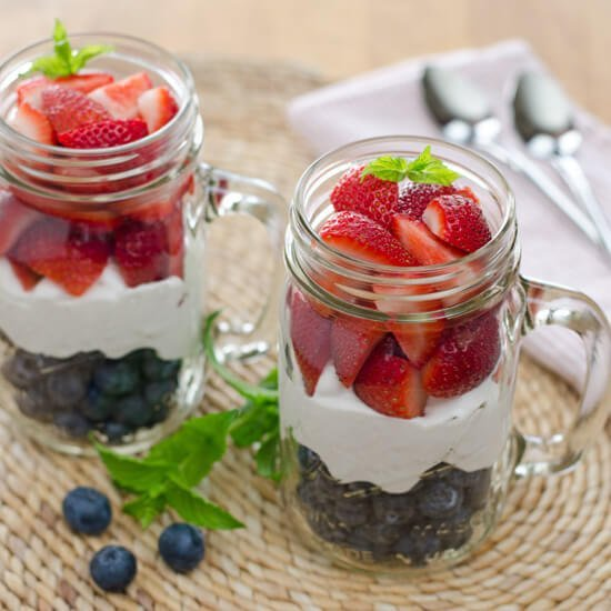 strawberries-blueberries-coconut-cream550x550